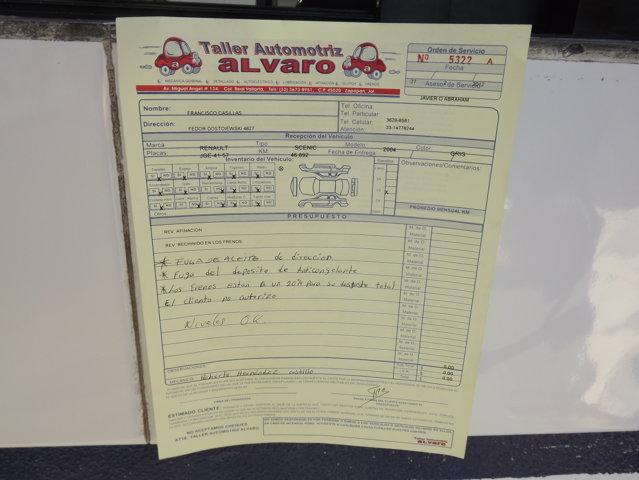 orden de servicio de reparacion del automovil